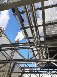 Stahlunterkonstruktion für Klimagerät auf einer Bestandshalle