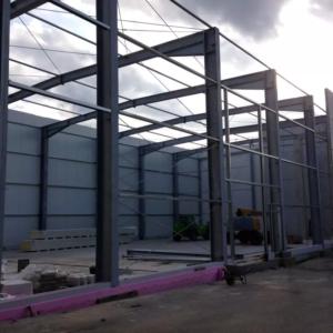 Stahlhallenbau